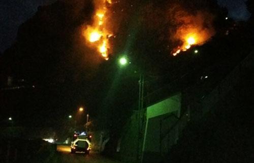 Incendio_Costiera_Amalfitana