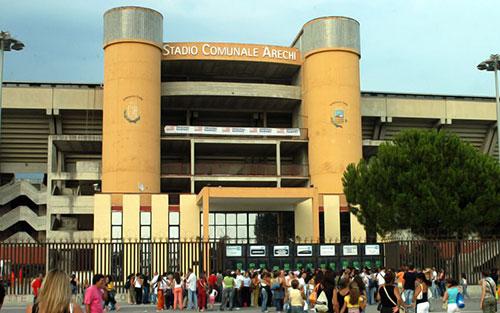 Stadio_Arechi_esterno