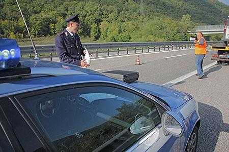 Autostrada Salerno-Reggio Calabria, incidente stradale:muore una donna