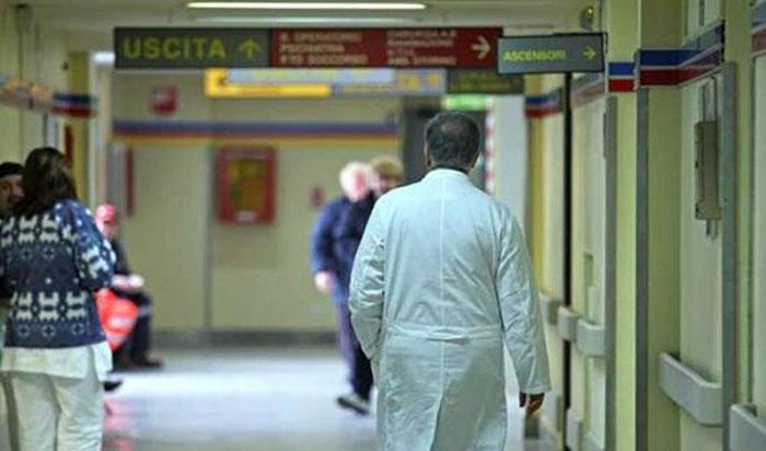 ospedale_ruggi_infermieri_corsia