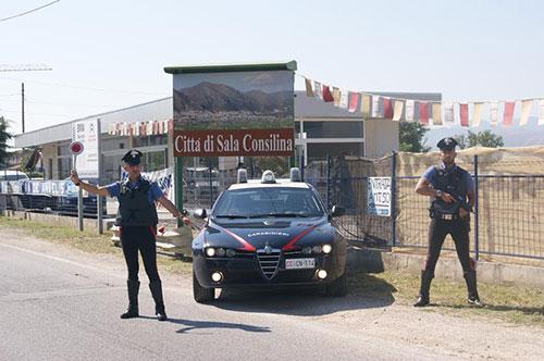 carabinieri_posto_blocco_sala_consilina