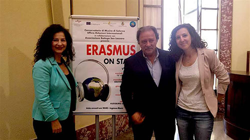 erasmus_on_stage