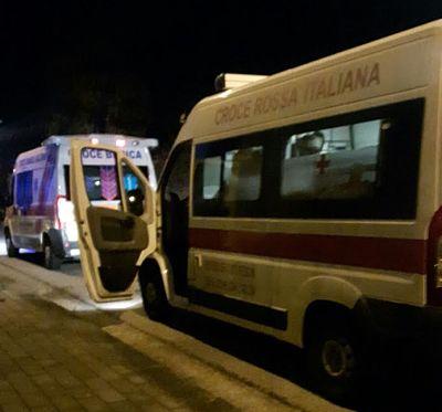 ambulanza-croce-rossa-e-croce-bianca