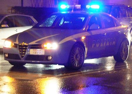 auto-polizia-notte