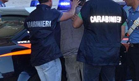 carabinieri-arresto-uomo