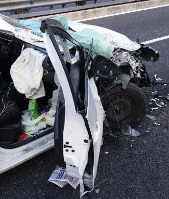 incidente-stradale-ambulanza-autostrada-5