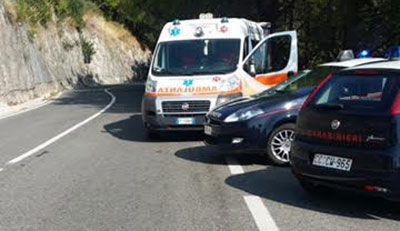 incidente_costiera_amalfitana_ambulanza