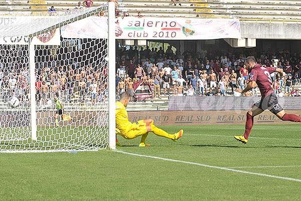 salernitana-trapani-2016-38-gol-porta-rete