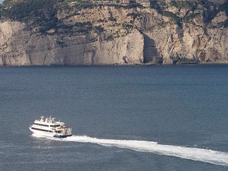 vie-del-mare-traghetti-trasporti-via-mare