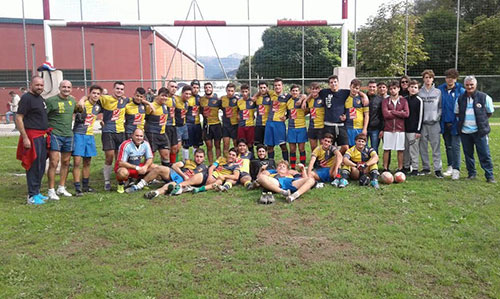 arechi_rugby_gruppo
