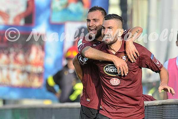 salernitana-entella-2016-42-esultanza-coda
