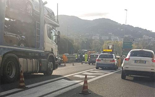 Incidente fatale sull'autostrada Salerno-Reggio Calabria: c'è un morto