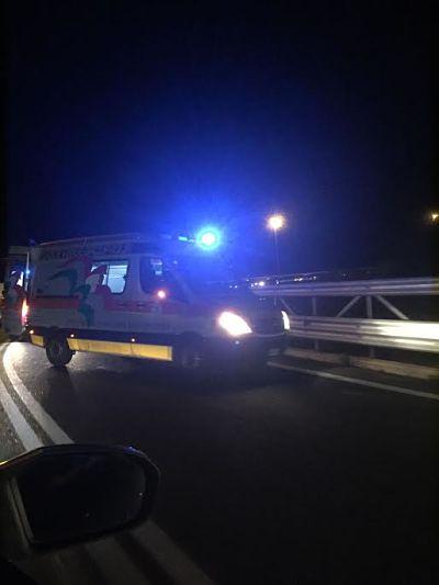 incidente-notte-autostrada-2-croce-bianca