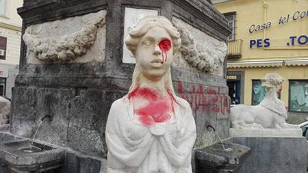 piazza-fontana-vandalizzata