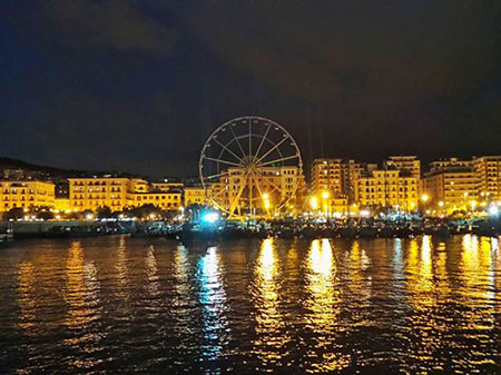 ruota-panoramica-salerno-di-sera-2