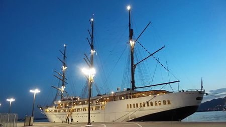 A salerno il magnifico veliero sea cloud ii per le for Quali cabine sono disponibili sulle navi da crociera