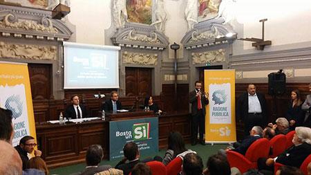 Napoli | Luca Lotti | sfondati finestrini | sottosegretario