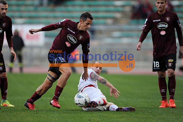 bari_salernitana11