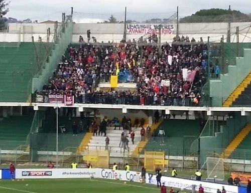 tifosi-salernitana-ad-avellino