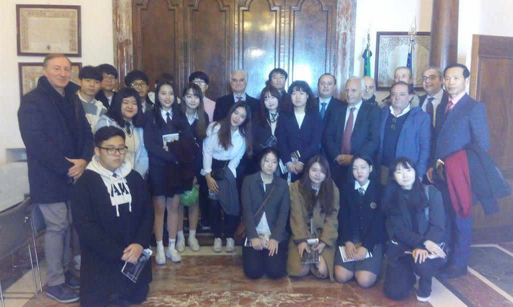 delegazione_coreana