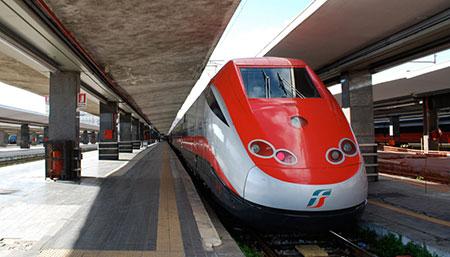 Milano, Frecciarossa 1000 raddoppia: il treno super veloce aumenta le sue corse