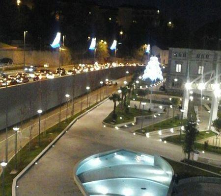 via-dei-greci-traffico-2