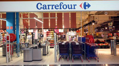 Carrefour, chiusura di tre punti vendita in Italia