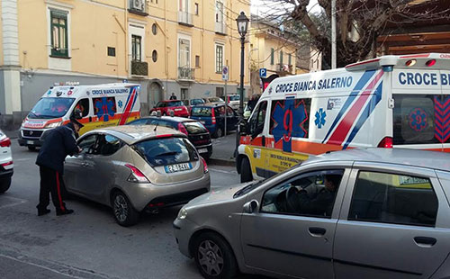 croce_bianca_ambulanza_1