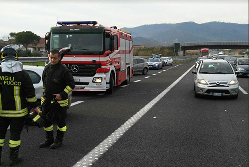 Incidenti stradali: donna morta e due feriti nel Salernitano