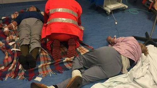 All'Ospedale di Nola pazienti curati sul pavimento, De Luca apre indagine