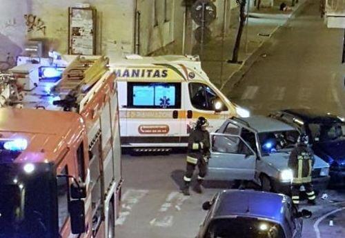 incidente-pastena-ambulanza-vigili-del-fuoco