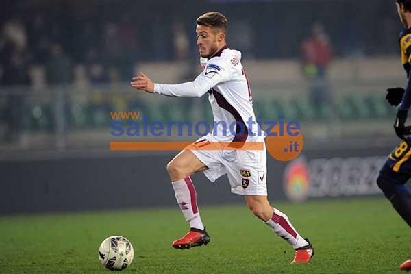 Salernitana 2-0 | Pazzini e Luppi colpiscono: Gialloblu soli in vetta