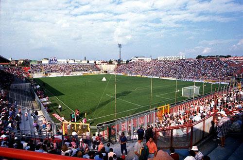 Serie B: la Salernitana espugna il Menti, contro il Vicenza decide Busellato