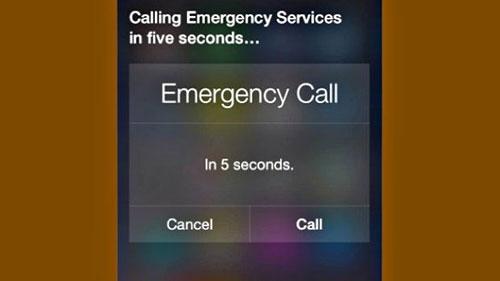 Bimbo 4 anni salva mamma sbloccando iPhone e usando Siri