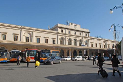 Salerno: alta tensione in Comune sulla tassa di soggiorno ...
