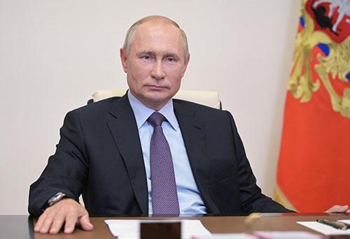 Putin si ritira causa Parkinson? La rivelazione però è smentita dal Cremlino